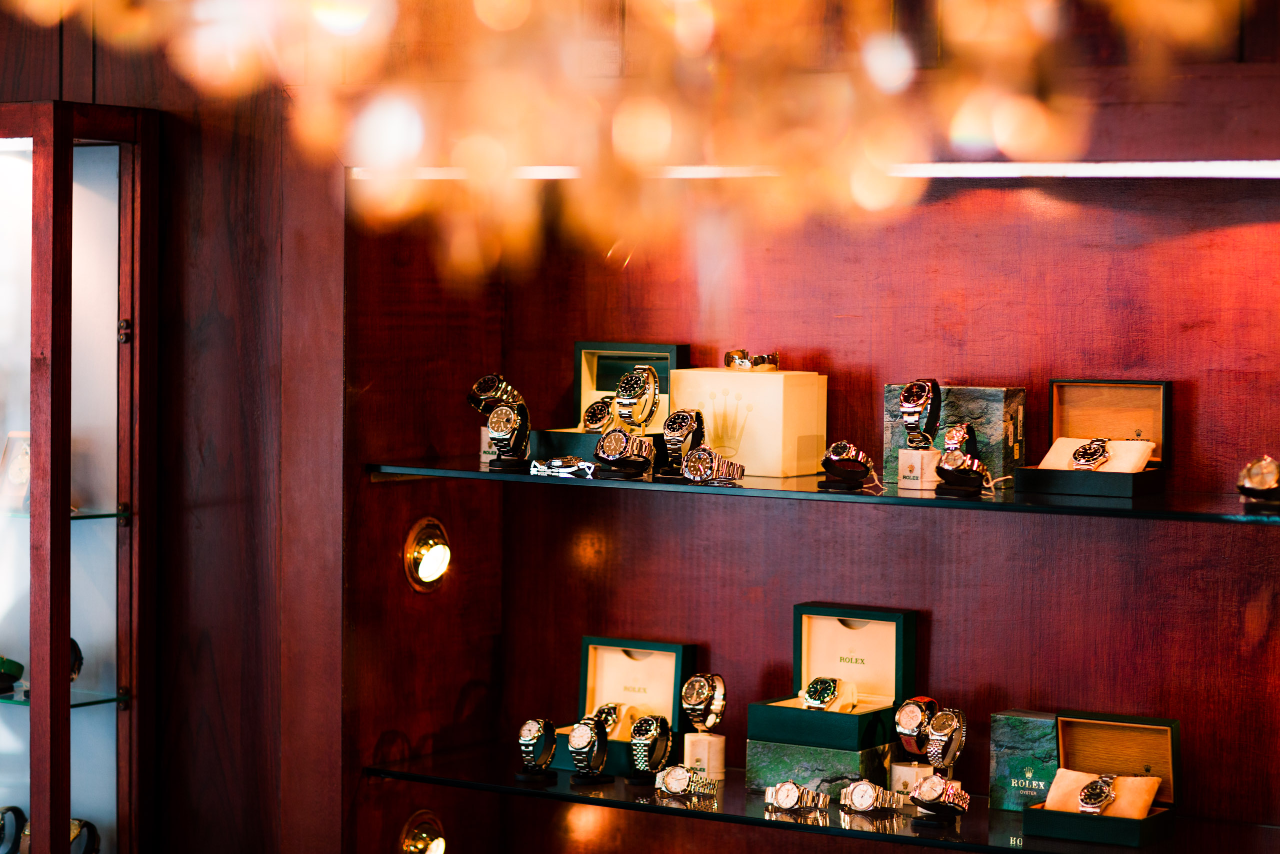 Dealer showroom image